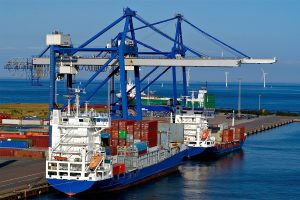 رئیس اتاق بازرگانی ایران: صادرات از واردات پیشی گرفت