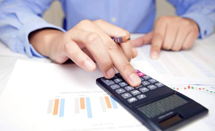 اولین گام برای دریافت مالیات از تراکنش بانکی